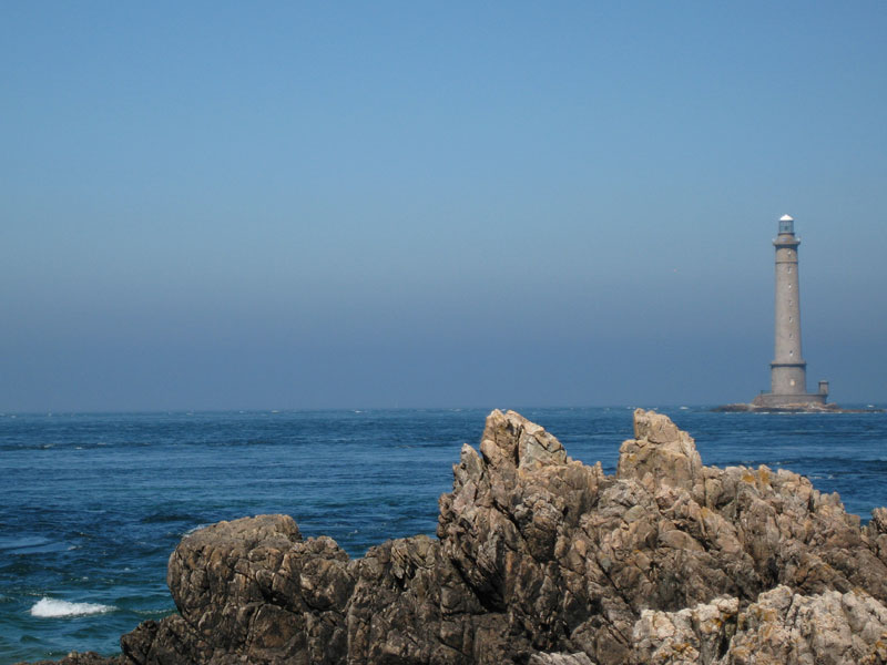 http://lomic2.free.fr/photos/2007-08-03-cotentin/phare_hague.jpg